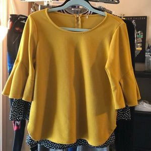 Tops - Mustard Colored 3/4 sleeve top